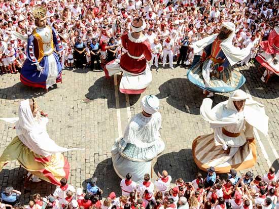 Gigantes San Fermín